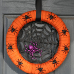Halloween Spider Wreath - Going on a CraDat
