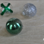 Easy Glitter Christmas Ornaments