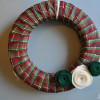A Yarnless Christmas Wreath
