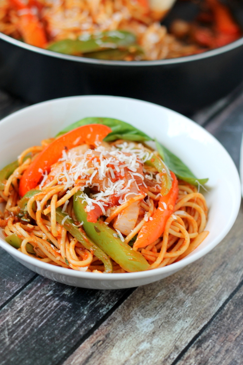 Spaghetti with Peppers and Onions Recipe