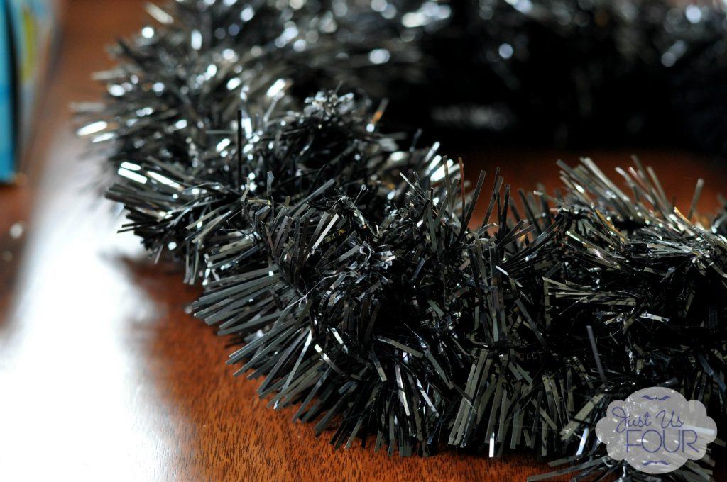 Black tinsel wreath_wm
