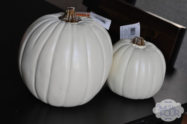 White Pumpkins_wm