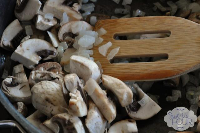 Mushrooms in Pan_wm