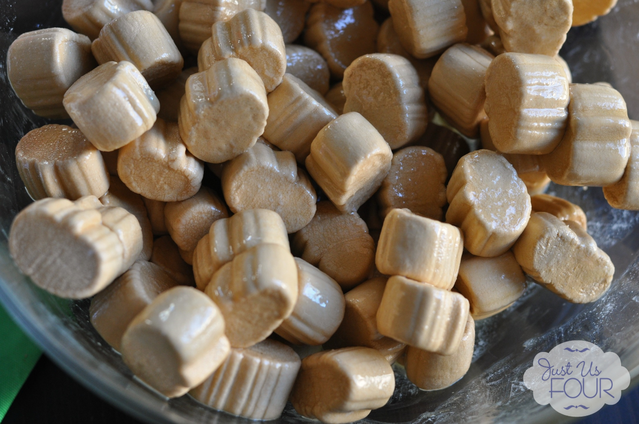 ... Candy Corn Bark & Pumpkin Spice Rice Krispies - My Suburban Kitchen