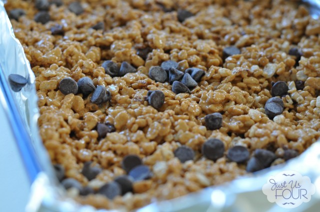Pumpkin Spice Rice Krispies in Pan_wm