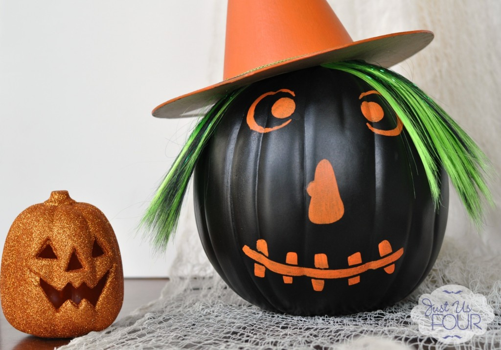 Witch Pumpkin with Pumpkin_wm