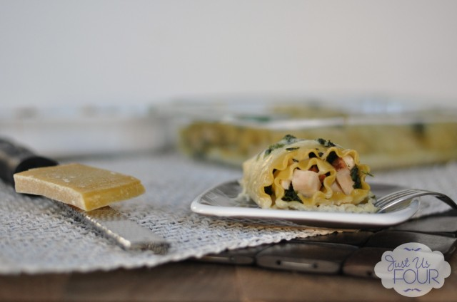 Turkey and Spinach Lasagna with Cheese_wm