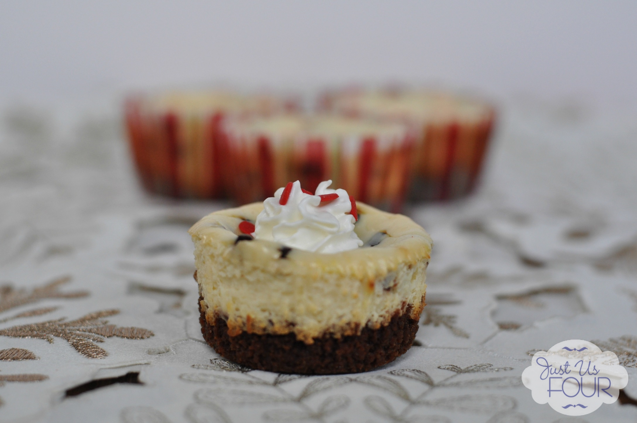 Peppermint Chocolate Chip Cheesecake Bites - Just Us Four