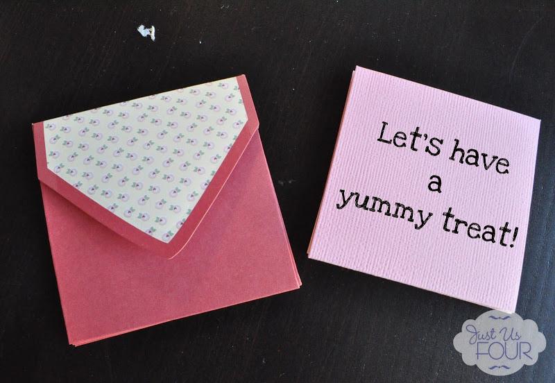 Valentine's Day Countdown Calendar #crafts #valentinesday JustUsFourBlog.com