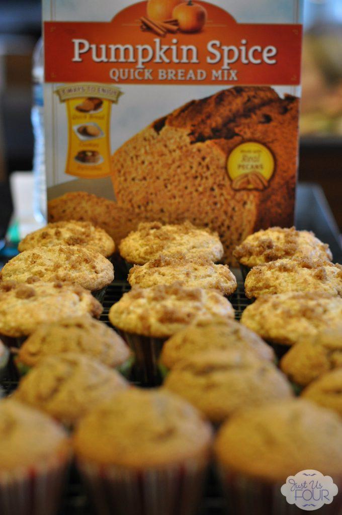 Pumpkin Spice Muffins_wm