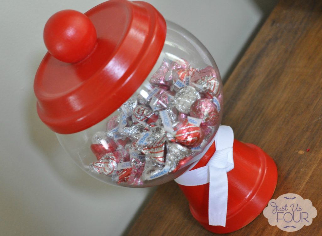 Valentines Day Candy Machine Angled_wm