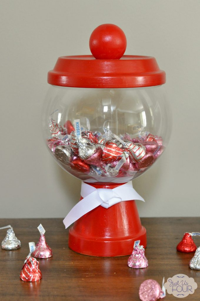 Valentines Day Candy Machine with Candy_wm