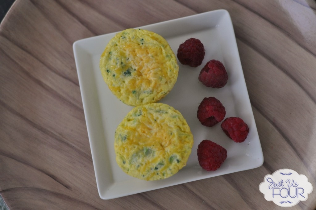 Broccoli-and-Cheese-Muffins-on-Plate_wm-1024x680_wm