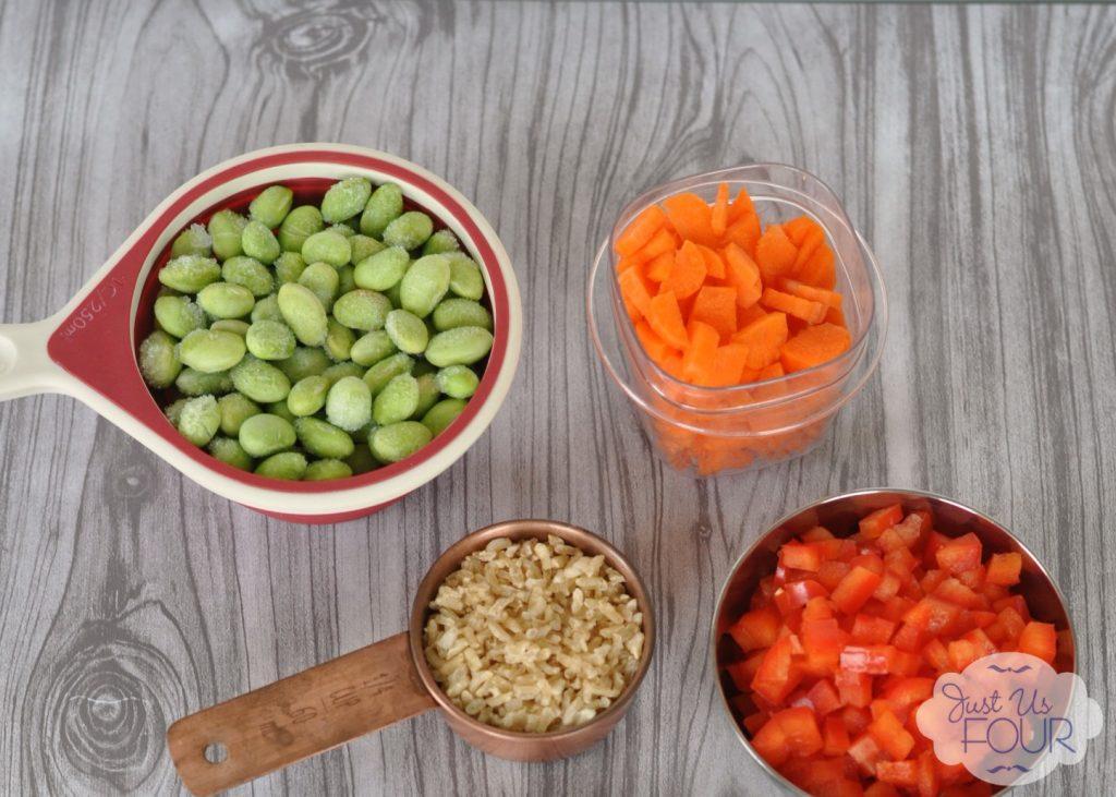 Brown Rice Salad with Seared Tuna | Just Us Four #recipes #salad #tuna