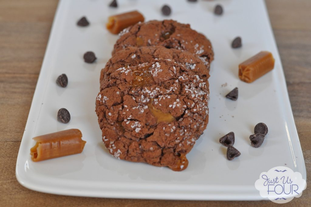 Chocolate Salted Caramel Cookies #recipes #desserts #cookies