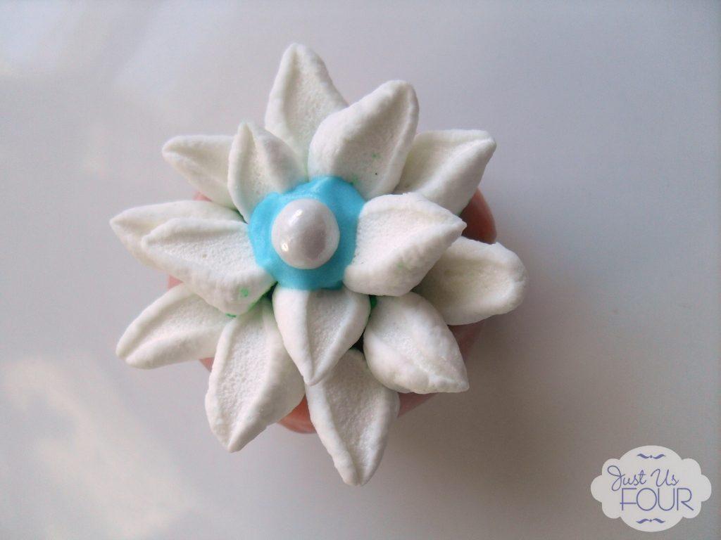 Spring Flower Cake Ball #desserts