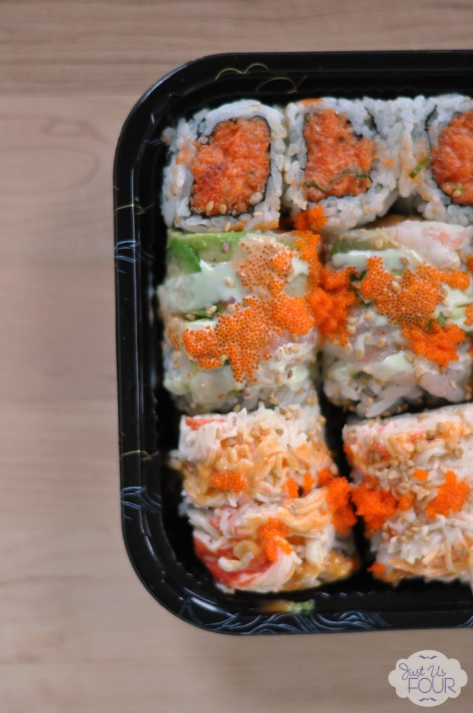 sushi-inspiration-spicy-tuna-roll_wm