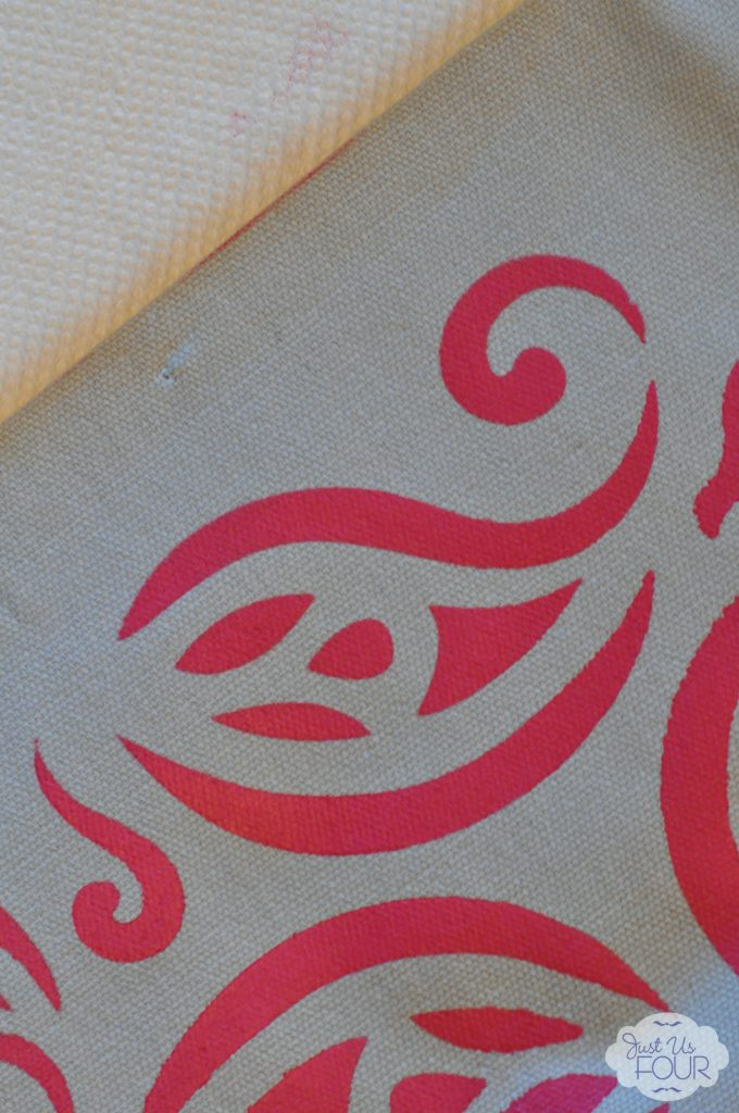 tulip-main-stencil-corner