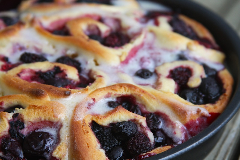 20 - Mommy Hates Cooking - Berry Sweet Rolls