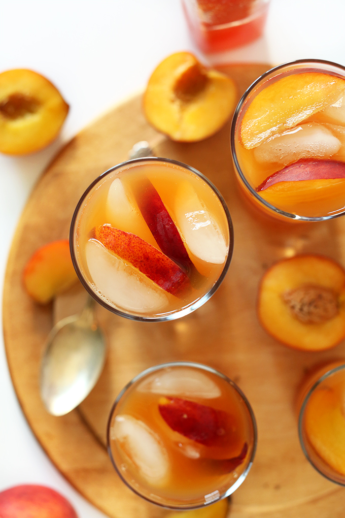 SIMPLE-Peach-Iced-Tea-So-refreshing-and-perfect-for-hot-summer-days.-The-ultimate-pool-side-refresher.