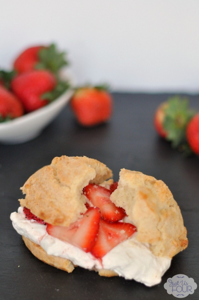 The perfect summer dessert! This strawberry shortcake recipe uses a cheesecake filling along with juicy strawberries.