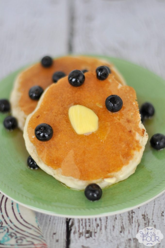 Love the idea of adding vanilla to pancakes and topping it with blueberry compote. #TakeBackVanilla #CGC #spon