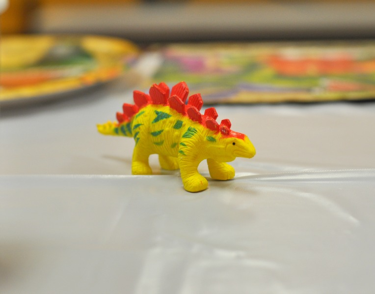 mini-dino-on-table