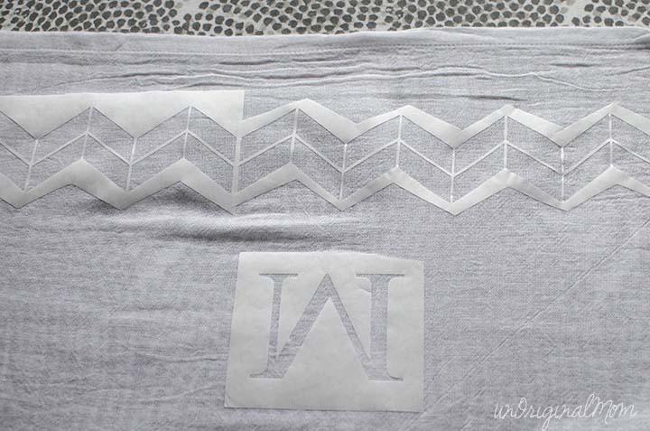 stenciled-tea-towels-2
