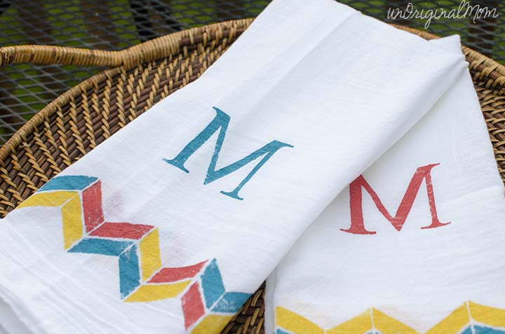 stenciled-tea-towels-4