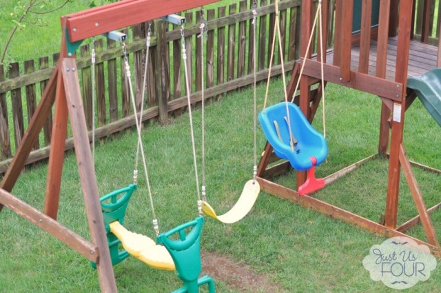 swingset-for-kids_wm