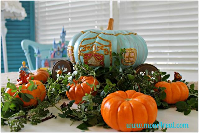 01 - Mom 4 Real - Cinderella Carriage Pumpkin