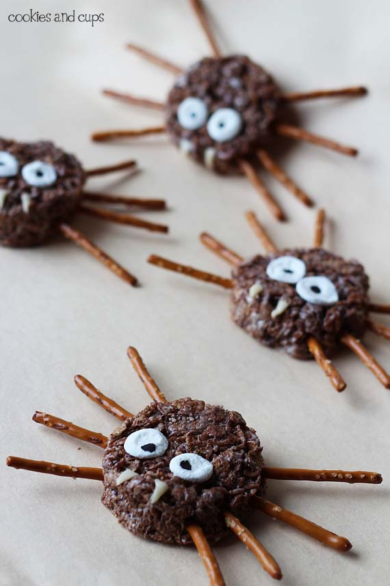 04 - Cookies and Cups - Spider and Owl Krispie Treats