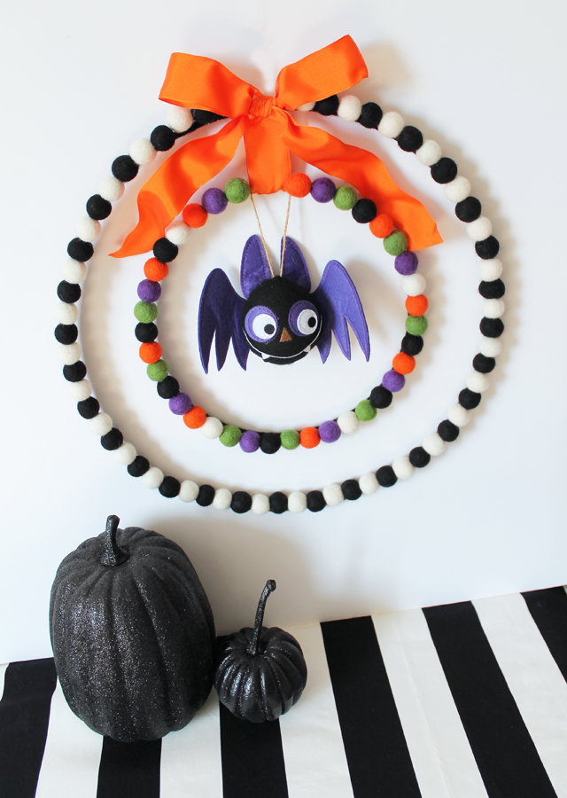 07 - My Sisters Suitcase - Felt Ball Halloween Wreath