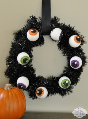 15 - Just Us Four - Spooky Eyeball Wreath