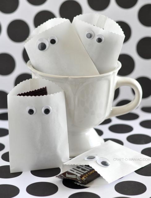 18 - Craft-o-Maniac - Paper Ghost Bags