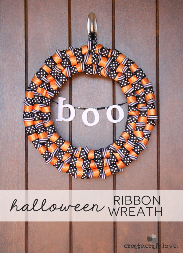 32 - Create Craft Love - Halloween Ribbon Wreath