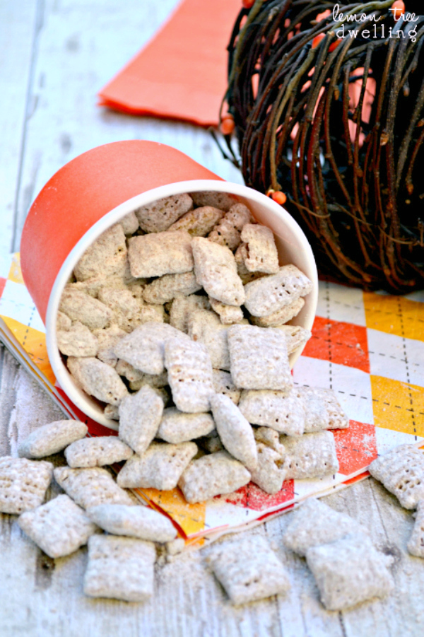 Lemon Tree Dwelling - Pumpkin Nutella Muddy Buddies