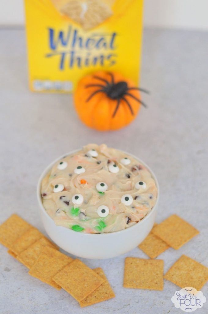 The perfect Halloween snack: Monster Cookie Dip