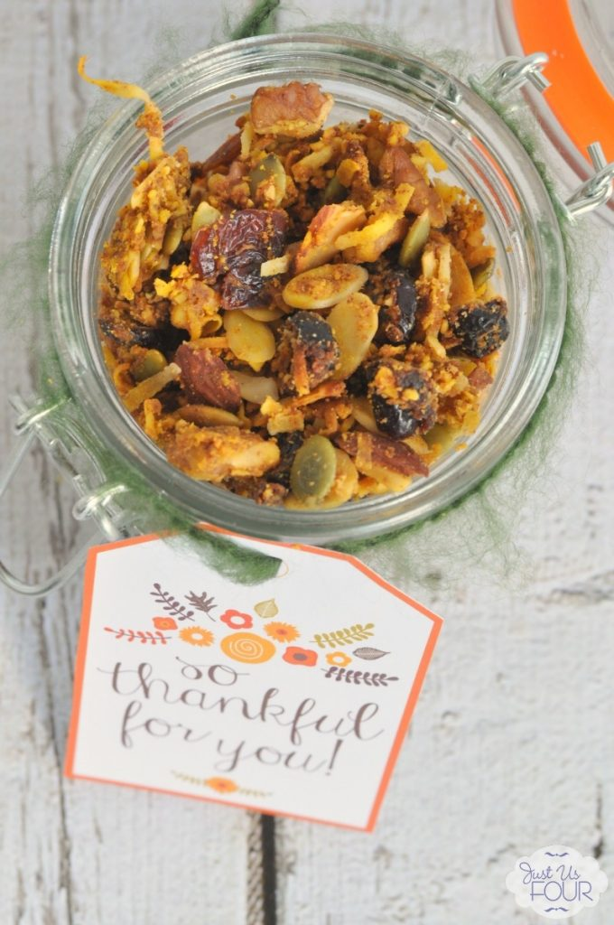 The most delicious homemade pumpkin granola and it is paleo too! Totally Whole 30 compliant.