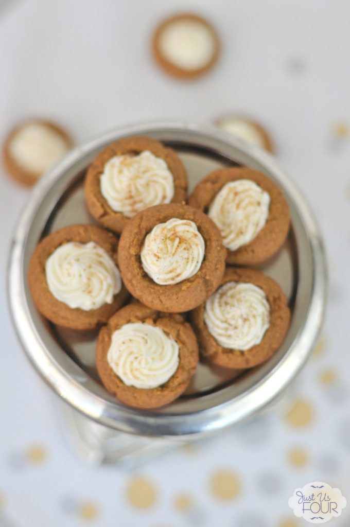 These gingerbread cookie cups are the perfect thing for my upcoming holiday party! They taste absolutely amazing!