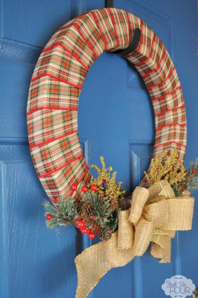 plaid-burlap-christmas-wreath-3