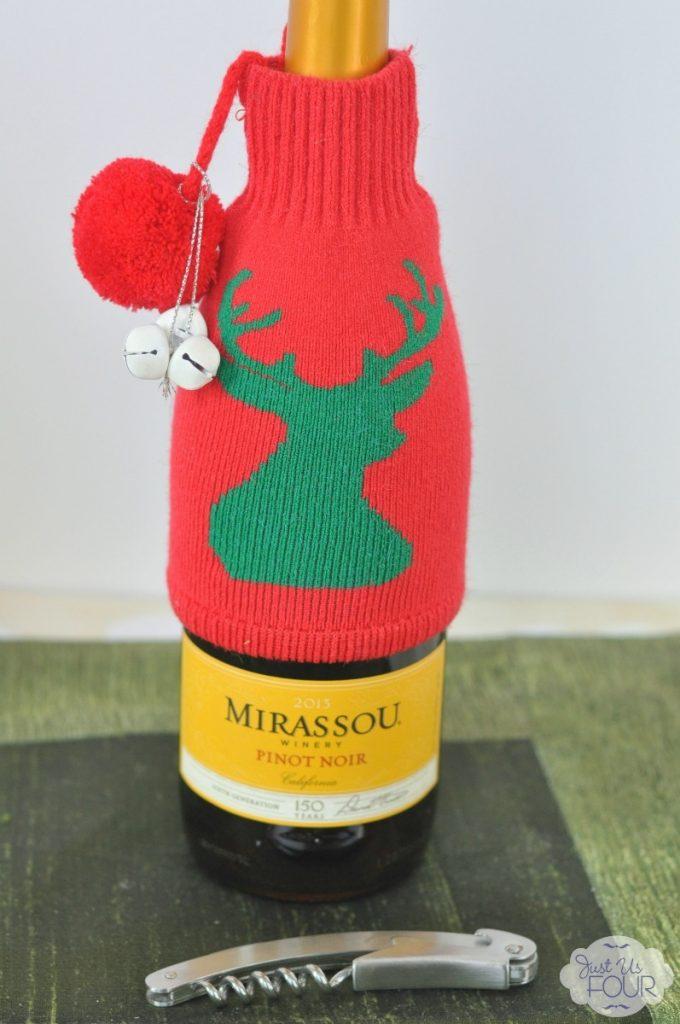 Easy Ways to wrap wine - Deer Sweater with Bells