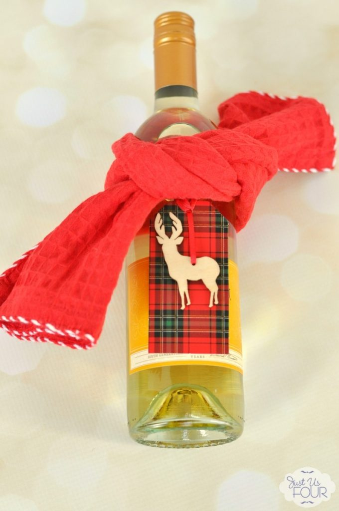 Easy Ways to Wrap Wine - Tea Towel