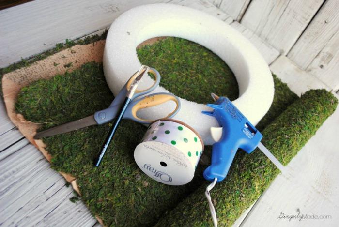 Supplies to Make Moss Wreath