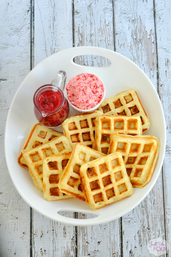 Amazingly delicious lemon poppyseed waffles. She even includes a paleo version.