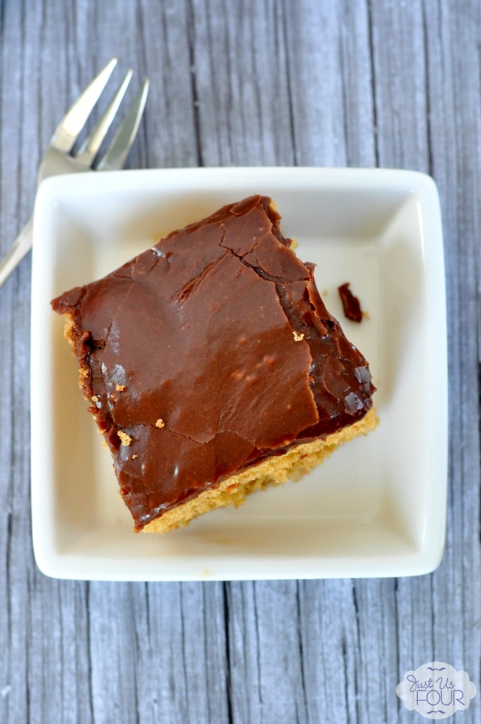 Easy and delicious Kahlua coffee poke cake
