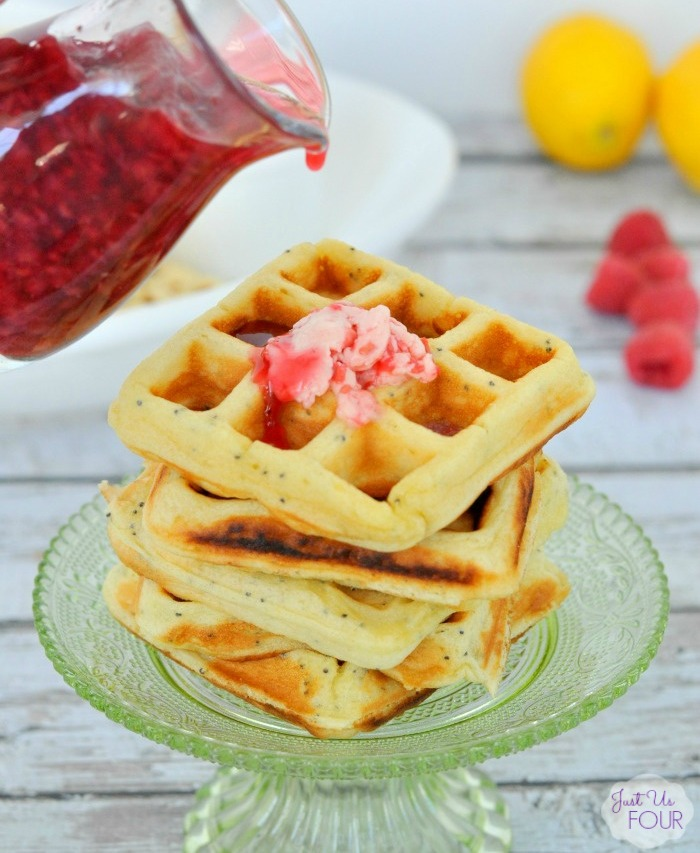 Paleo Lemon Poppyseed Waffles