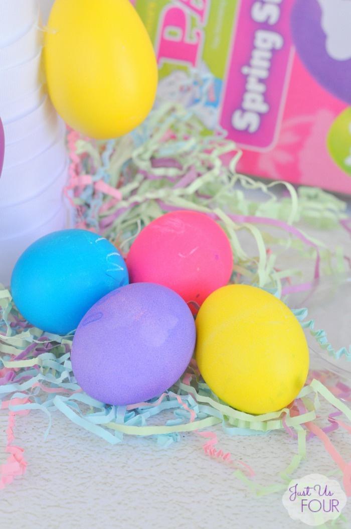 ombre-easter-egg-tree-eggs