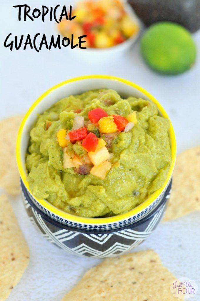 Easy and delicious tropical guacamole