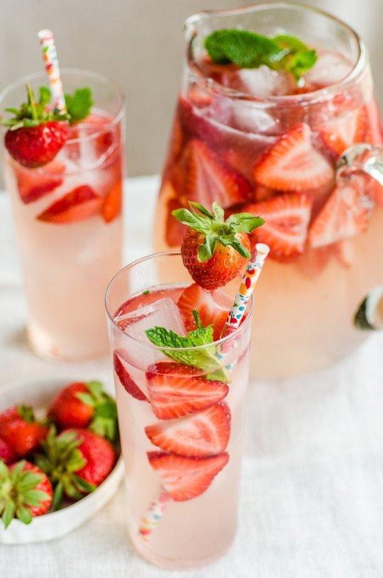 05 - The Kitchn - Strawberry Gin Smash